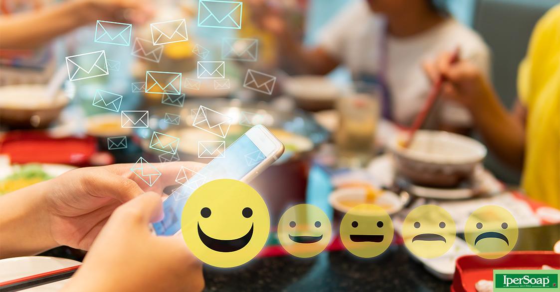 KI-06 emoticone faccine Cuscino decorativo morbido Smiley Emoji innamorato